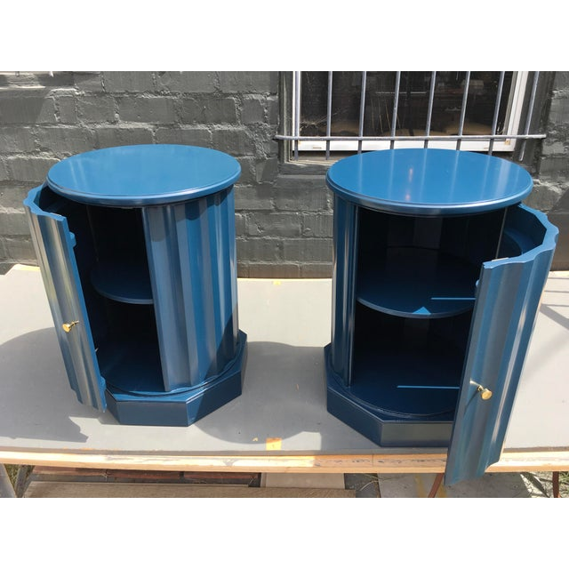 1950s Art Deco Dark Blue Lacquered Column Shaped Drum Tables - a Pair For Sale In Los Angeles - Image 6 of 12