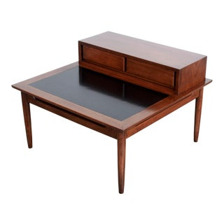1960s Mid Century Modern American of Martinsville Walnut 2 Tier Coffee Table For Sale