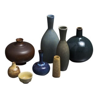 Collection of eight Ceramic Pieces by Stalhane And Nylund for Rorstrand, Sweden For Sale
