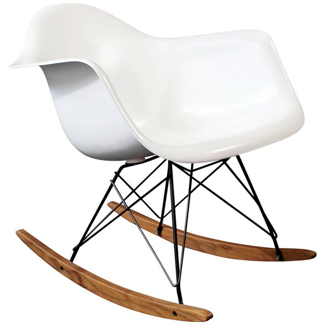 Mid-Century Modern Vintage Eames Herman Miller Shell Rocker Rocking Chair, 1970s For Sale - Image 11 of 11