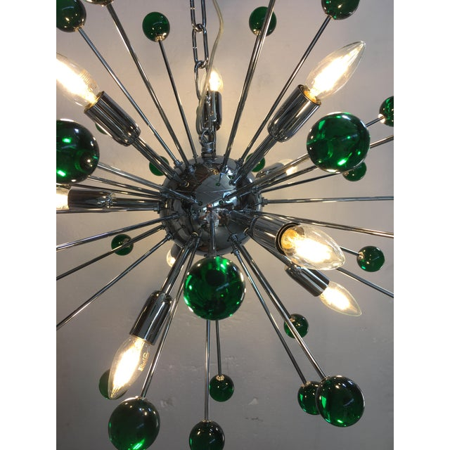 Emerald Green Murano Glass Chandelier in Sputnik Style With a Chrome Base For Sale - Image 10 of 11