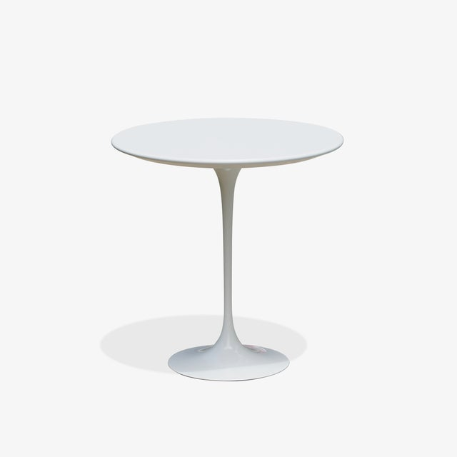 "Metal Pedestal ""Tulip"" Table in Laminate by Eero Saarinen for Knoll For Sale - Image 7 of 7"