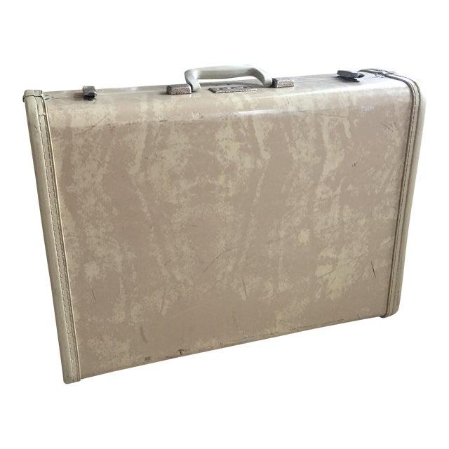 Image of Vintage Royal Traveler Suitcase