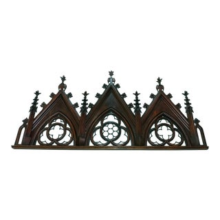 18th Century Gothic Carved Wooden Over Door W/Quatrefoil Pattern For Sale