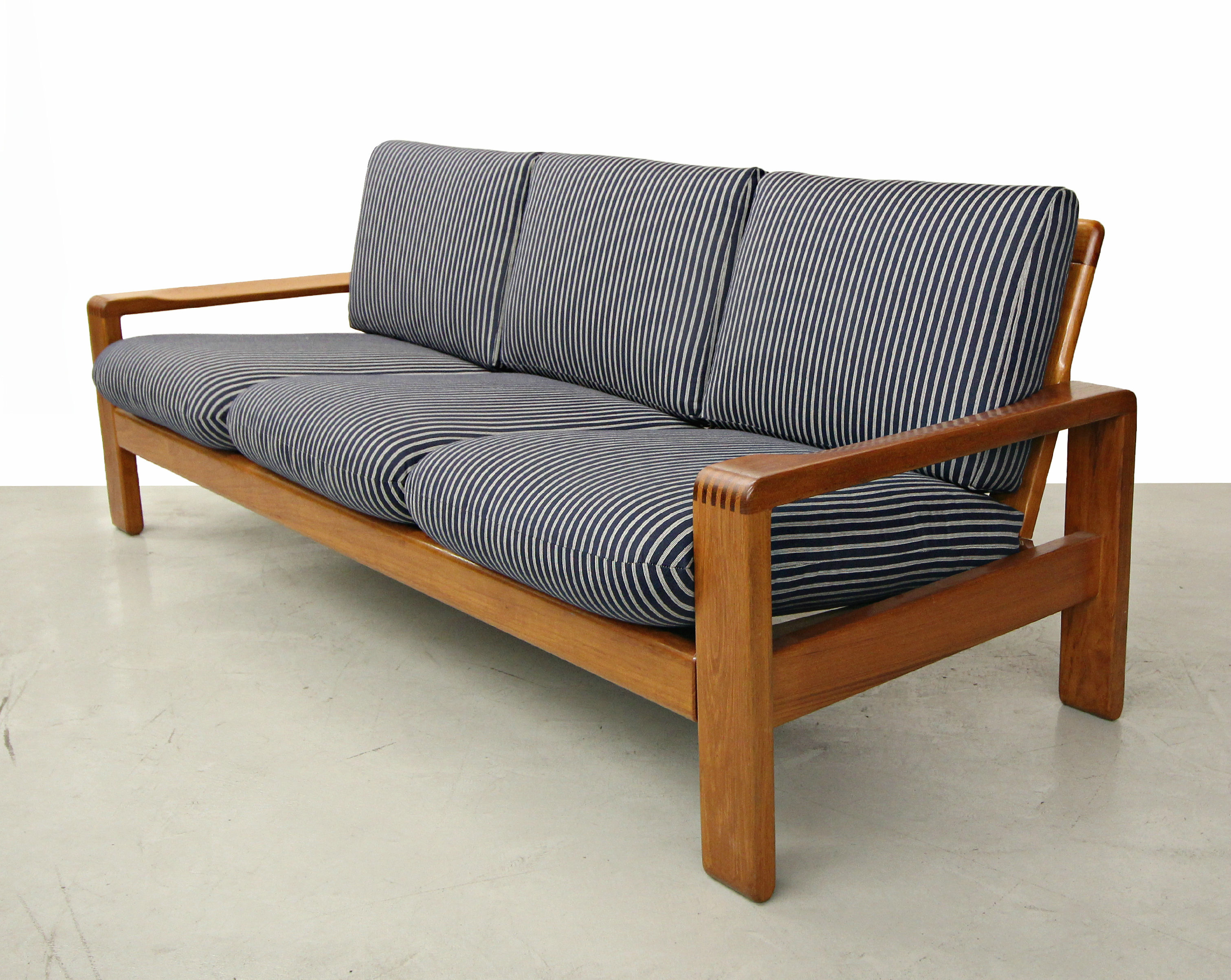 HW Klein Mid Century Teak Danish Sofa   Image 3 Of 6