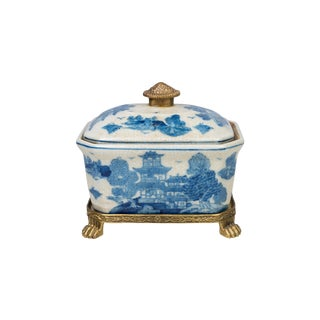 Blue and White Blue Willow Porcelain Candy Box Ormolu Accents For Sale