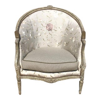 Vintage Louis XVI Style Carved Minton Spidell Barrel Back Bergere Embroidered Silk Arm Chair For Sale