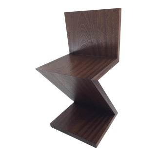 Modern Brown Classic Z Chair For Sale