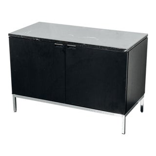 Florence Knoll Cabinet With Black Marble Top For Sale