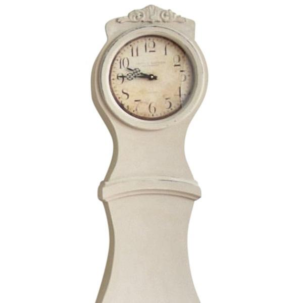 Offered is a hand painted reproduction Swedish Mora clock. Battery operated mechanism with classic style face This is a...