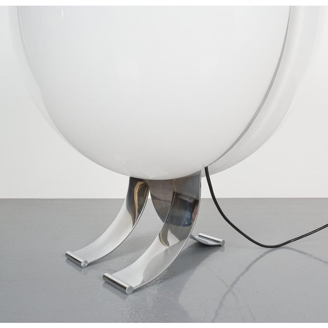 Rare Tetrarch Design Studio Table Light Chrome Lucite for Valenti, Circa 1970 For Sale - Image 6 of 12