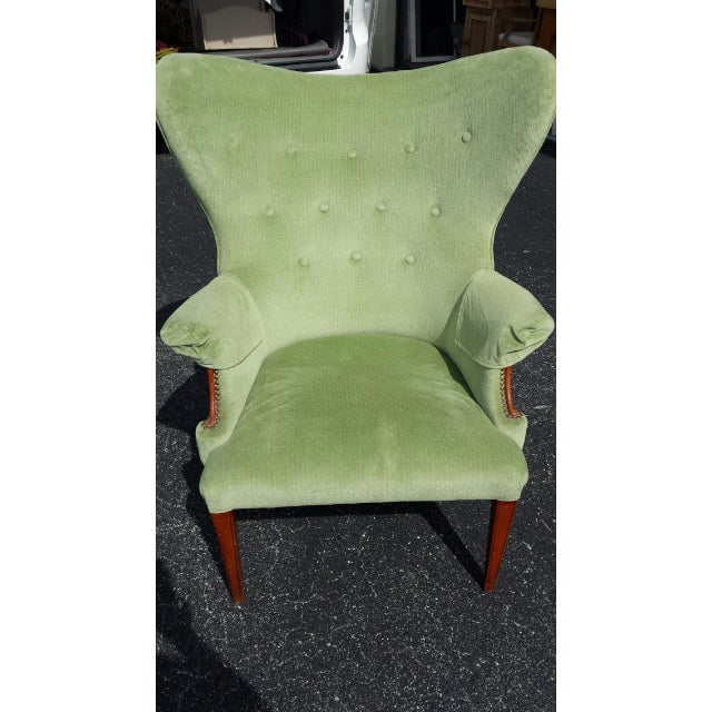 Traditional Vintage Butterfly Wingback Chair For Sale - Image 3 of 4