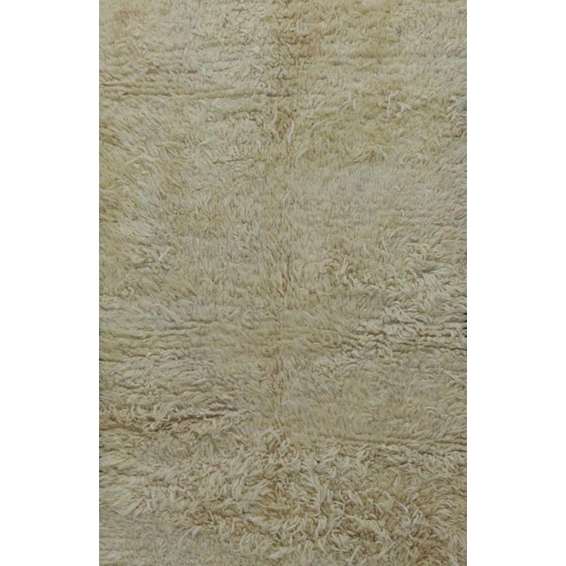 """Contemporary 1980s Vintage Beni Ourain Rug- 3'11"""" X 7'7"""" For Sale - Image 3 of 6"""