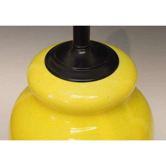 Alvino Bagni Atomic Chrome Crackle Yellow Italian Pottery Raymor Gourd Lamp For Sale In New York - Image 6 of 11