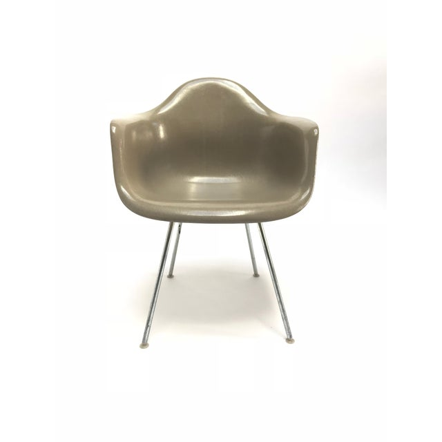 Herman Miller Vintage Eames Armchairs for Herman Miller - a Pair For Sale - Image 4 of 11