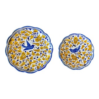 Vintage Italian Pottery Bird Decorative Plates- a Pair For Sale