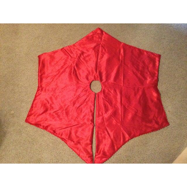 Vintage Red Velvet Tree Skirt For Sale - Image 4 of 11