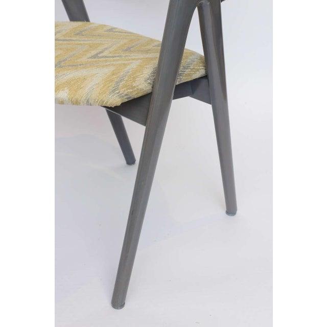 Scissor Design Vintage Sidechairs in Zigzag Fabric For Sale In Miami - Image 6 of 10