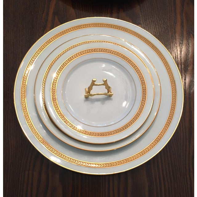 Theodore Haviland Dynamic Vintage China Dinnerware - Set of 9 For Sale - Image 4 of 6