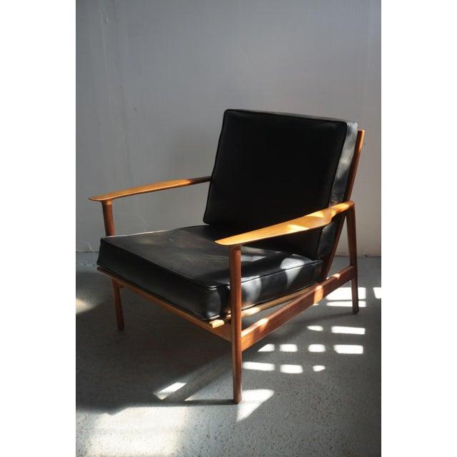 Black 1960s Danish Modern Kofod Larsen for Selig Walnut Lounge Chair For Sale - Image 8 of 8