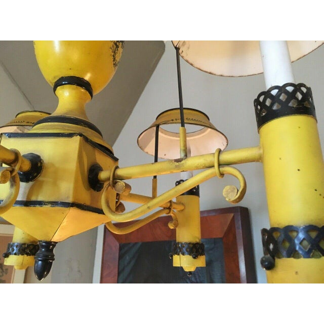 Early 20th Century Regency French Yellow Painted Tole Five Light Chandelier For Sale - Image 10 of 13