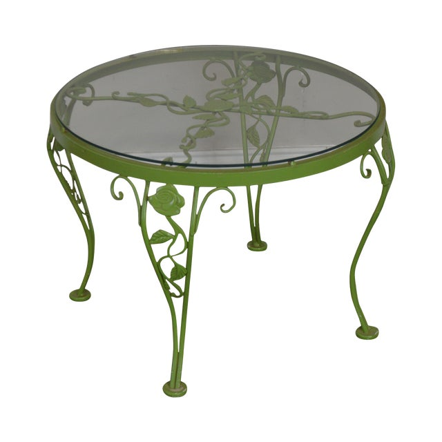 Woodard Chantilly Rose Garden Vintage Green Painted Wrought Iron Round Patio Side Table For Sale