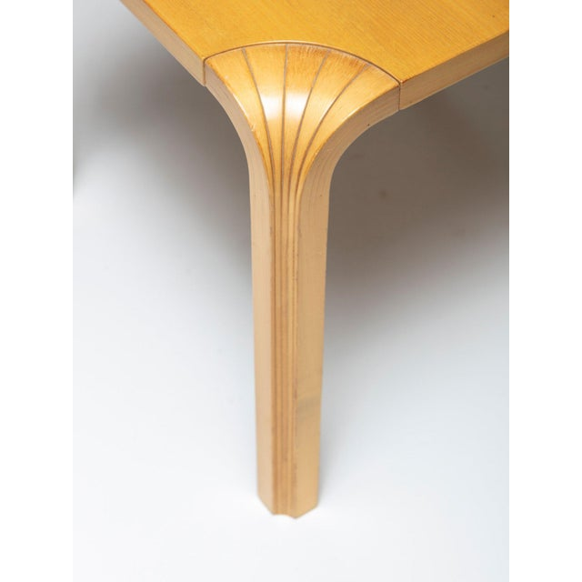 Mid-Century Modern Pair of X602 Stools by Alvar Aalto for Artek For Sale - Image 3 of 5
