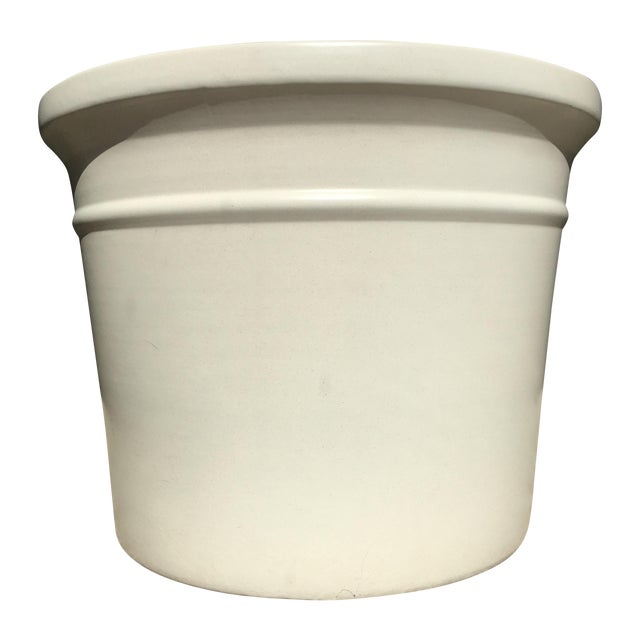 Large White Gainey Architectural Pot - Image 1 of 7