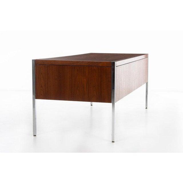 Knoll International Richard Schultz Executive Desk For Sale - Image 4 of 12