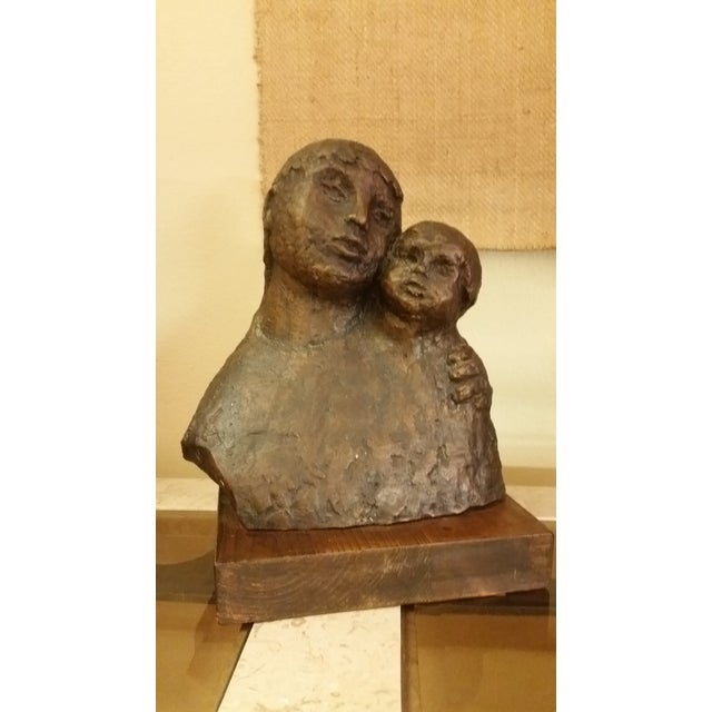 Here's a lovely bronze piece created by Hena Evyatar, known international sculptor. This particular piece is untitled,...