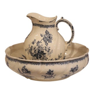 19th Century French Hand-Painted Wash Bowl and Pitcher From Sarreguemines For Sale