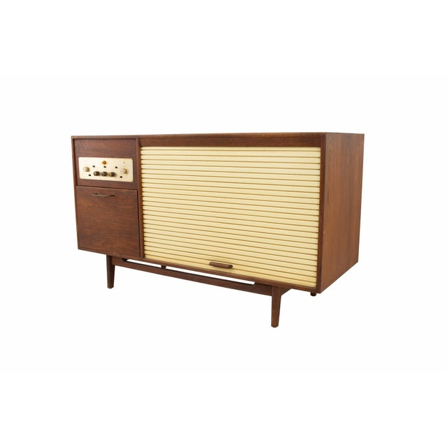 Mid-Century Modern Jens Risom Mid Century Walnut Tambour Door Stereo Console Credenza For Sale - Image 3 of 9