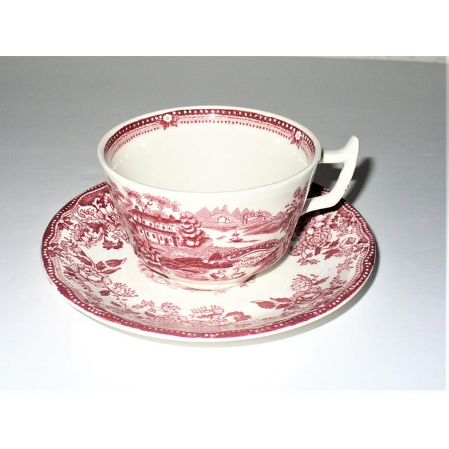 Staffordshire Alfred Meakin Tonquin Pattern Red Cups and Saucers by Stafforshire England - Set of 6 For Sale - Image 4 of 10