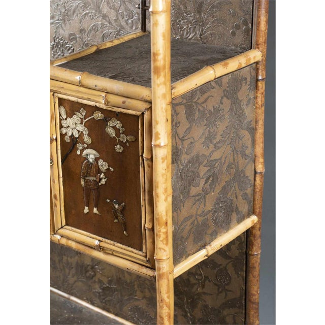 Asian 19th Century Chinoiserie Cabinet For Sale - Image 3 of 7