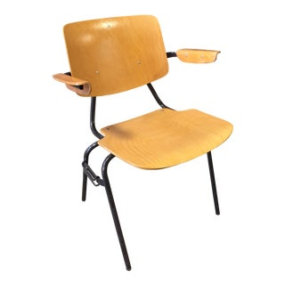 Kho Laing Ie Industrial Stacking Folding Chair For Sale