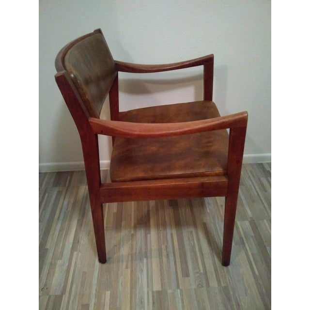 Mid-Century Modern Gunlocke Chair For Sale - Image 3 of 6