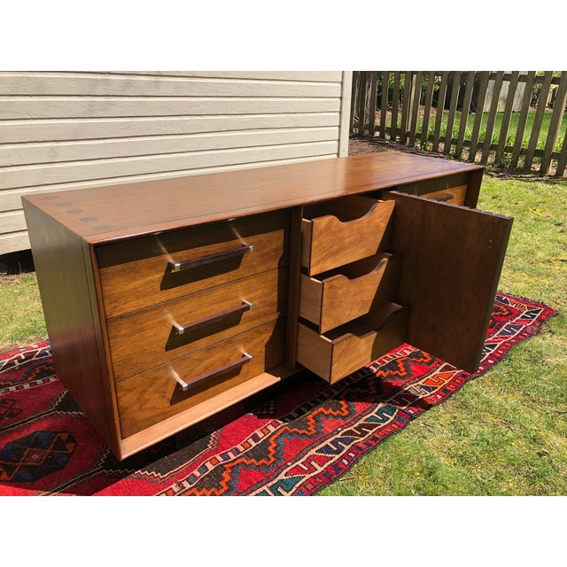 Metal 1970s Mid Century Lane 'Tower Collection' Rosewood Credenza For Sale - Image 7 of 13