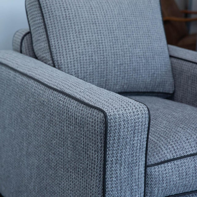 Modern Pair of Berkhardt Tuxedo Lounge Chairs For Sale - Image 3 of 11