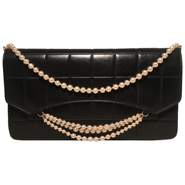 121455f58c29 Chanel Black Leather Square Quilted Pearl Chain Classic Flap Shoulder Bag  For Sale - Image 10