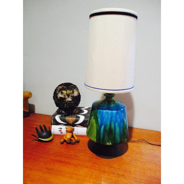 Mid-Century Modern Turquoise Ceramic Table Lamp - Image 10 of 11