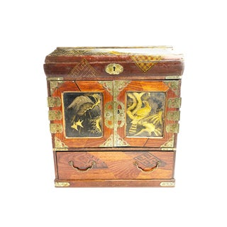 1880s Antique Meiji Ear Handmade Japanese Jewelry Box / Table Cabinet For Sale