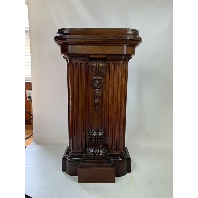 1870s Victorian Carved Mahogany Pedestal For Sale - Image 4 of 13