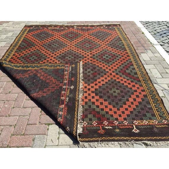 Vintage Handwoven Turkish Rug - 6'6'' x 8'6'' For Sale In Raleigh - Image 6 of 6