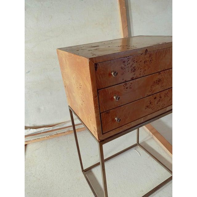 Brass 1950s Mid-Century Modern Milo Baughman Burlwood Side Table For Sale - Image 7 of 8