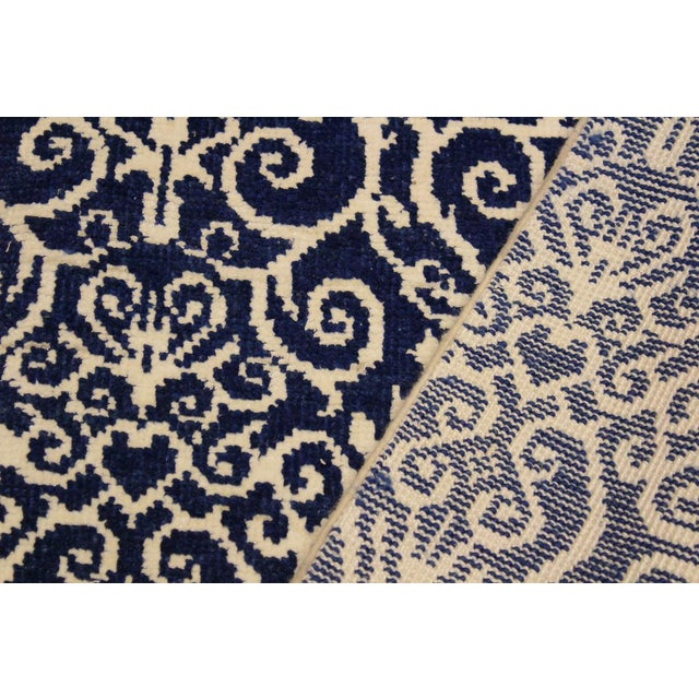 Cryena Modern Tiffiny Blue/Ivory Wool Rug - 5'2 X 7'2 For Sale - Image 4 of 8