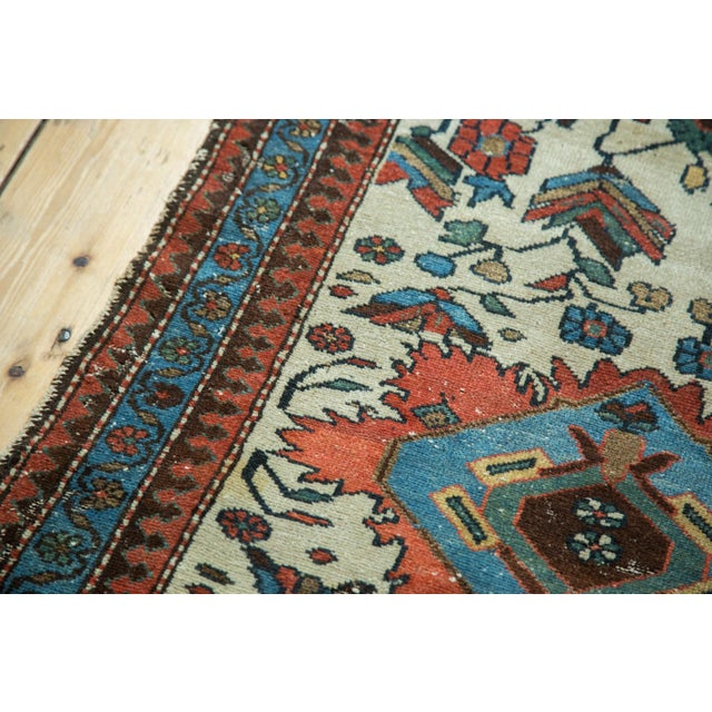 "Textile Vintage Malayer Rug - 2'10"" x 4'5"" For Sale - Image 7 of 9"