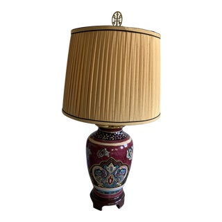 Chinoiserie Ginger Jar Style Porcelain and Brass Hand Painted Enamel Lamp With Gold Overlay For Sale