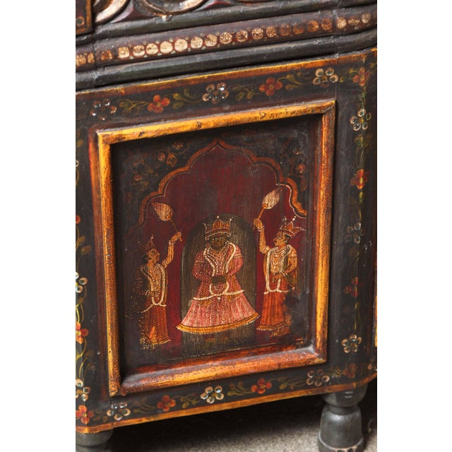 20th Century Anglo Indian Hand-Painted Teak Coffee Table For Sale - Image 9 of 10
