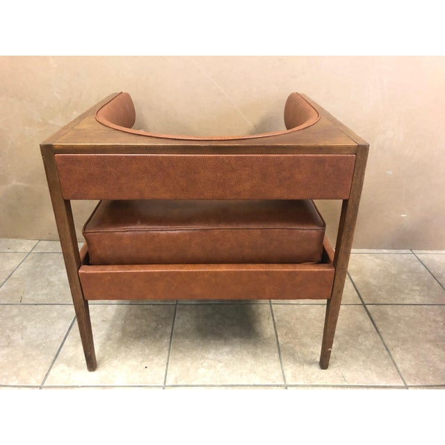Pair Mid Century Modern Walnut Lounge Chairs For Sale - Image 4 of 9