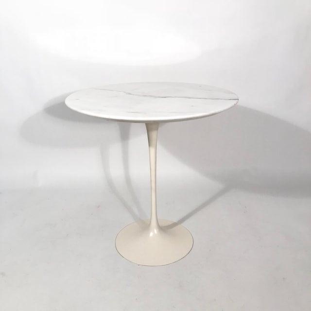 Saarinen Round Calacatta gold marble side table